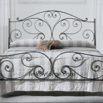 Wrought iron bed<br> 14