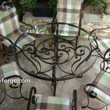 Маса и столове от ковано желязо 3
