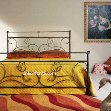 Wrought iron bed<br> 32
