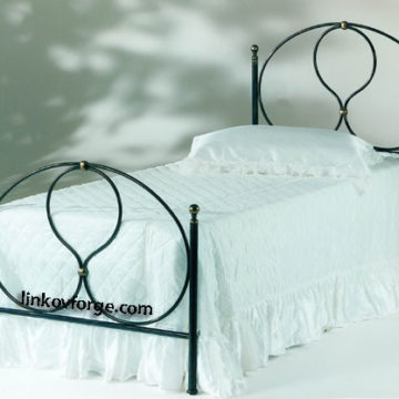 Wrought iron bed<br> 33