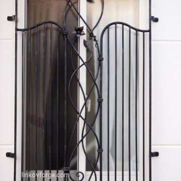 Wrought iron  Grates <br> 4