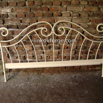 Wrought iron bed<br> 4