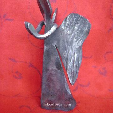 Ангел от ковано желязо<br>