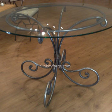 Wrought iron table<br> 10