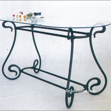 Wrought iron table<br> 21