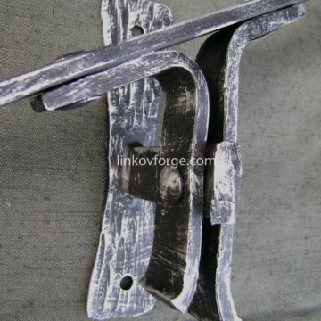 Wrought iron handle<br>1