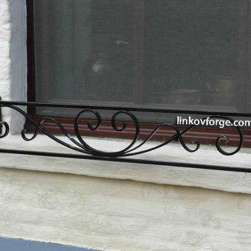 Wrought iron flower-stand <br> 12