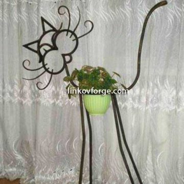 Wrought iron flower-stand <br> 3
