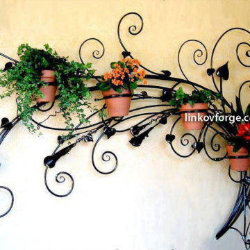 Wrought iron flower-stand <br> 24