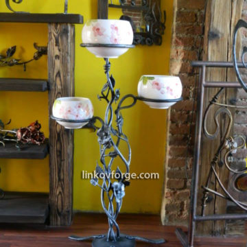 Wrought iron flower-stand <br> 25