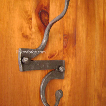 Закачалка от ковано желязо <br> 23