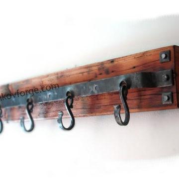 Закачалка от ковано желязо <br> 17