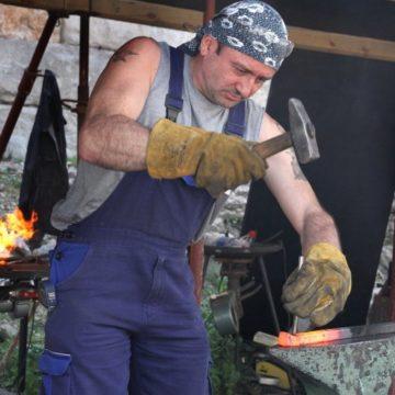 Пленер по ковано желязо