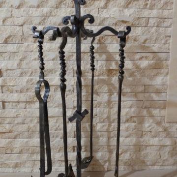 Прибори за камина от ковано желязо <br> 10