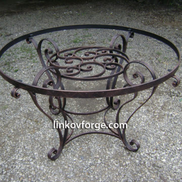 Wrought iron table <br>10