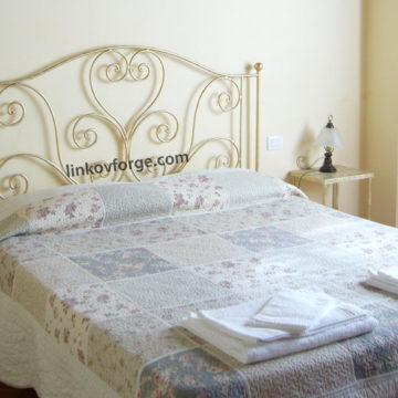 Спалня от ковано желязо <br> 24