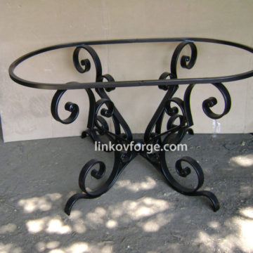 Wrought iron table <br>6
