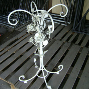 Wrought iron table <br>9