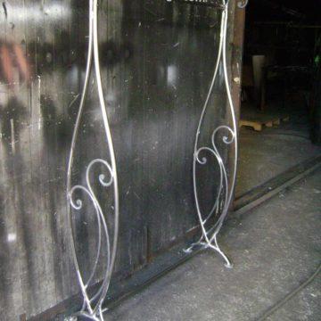 щендер за дрехи от ковано желязо 1
